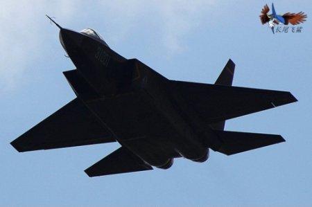 一个大的歼-31模型曾在2012年的珠海航展上展出