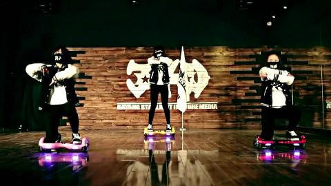 创意平衡车暴走鞋舞蹈视频