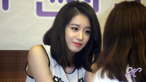 ♥ 皇冠大发 ♥ 不丢下任何一个粉丝的暖心朴智妍